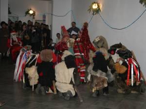 """,,Tradiţii şi obiceiuri de iarnă"""", la Colegiul Tehnic ,,Samuil Isopescu"""""""