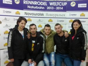 Delia Ivaș, Adrian Filimon, Gabriel Candrea, Bogdan Moroșan, Anișoara Hutopilă (de la stânga la dreapta), lotul dornean la Cupa Mondială a României