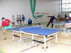 Turneul de tenis de la Fălticeni a adunat pestte 80 de sportivi