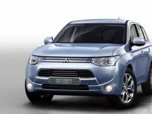 Mitsubishi Outlander PHEV este imbatabil la capitolul consum