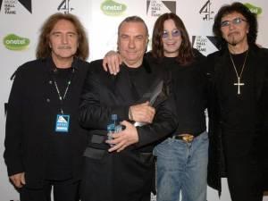 Trupa Black Sabbath a fost inclusă în Rock and Roll Hall of Fame în 2006 şi a vândut, în total, peste 100 de milioane de albume.