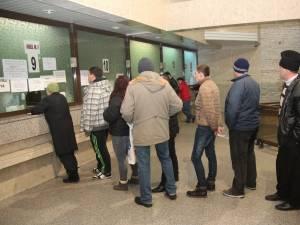 Zeci de suceveni şi-au plătit luni taxele locale