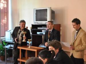 """Concurs de dezbateri academice, organizat de Colegiul """"Alexandru cel Bun"""" din Gura Humorului"""