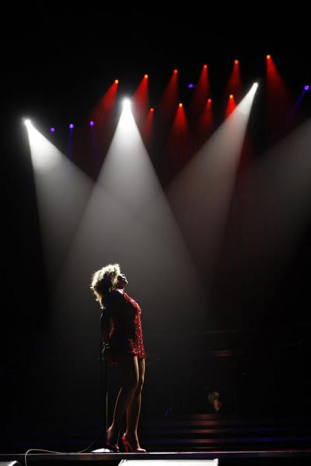 "Tina Turner lansează în februarie albumul ""Love Songs"""
