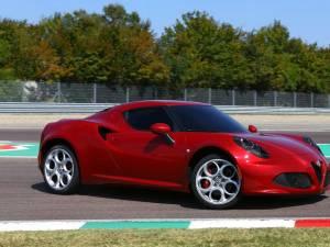 Alfa Romeo 4C, idealul în materie de sportivitate