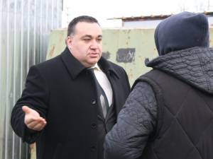 Şeful Direcţiei Antifraudă Suceava, Cosmin Georgescu, a coorodnat acţiunea de control din bazarul Sucevei