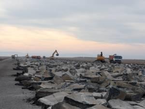 Actuala pistă de beton a aeroportului va fi spartă în următoarele două săptămâni