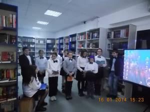 """Eminescu omagiat de elevii Şcolii Gimnaziale """"George Voevidca"""""""