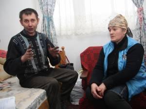 Dan şi Paraschiva Olenici refuză să-şi lase cinci copii la şcoală