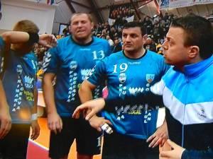 Răzvan Bernicu a încercat să-şi mobilizeze jucătorii, dar oboseala acumulată în primul meci şi-a spus cuvântul