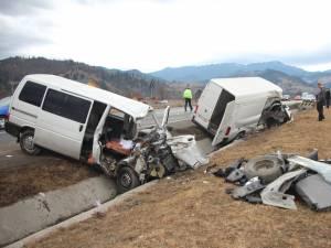 Cumplitul accident rutier petrecut vinerea trecută pe DN 17, la intrarea în Câmpulung Moldovenesc dinspre Gura Humorului