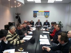 La Prefectura Suceava s-au analizat revendicările salariaţilor de la Termica