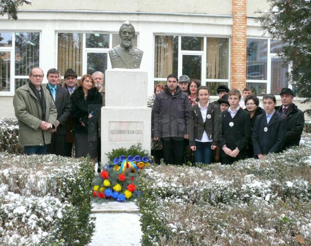 Manifestările au început la statuia lui Alexandru Ioan Cuza