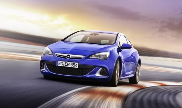 Opel Astra OPC, dedicat 100% performanței
