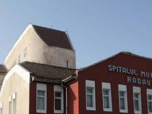 Spitalul Rădăuţi s-a angajat să monitorizeze permanent gradul de curăţenie şi dezinfecţie din incintă