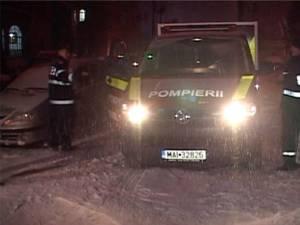 Opt dintre cei zece oameni fără adăpost găsiţi în Gara Burdujeni au acceptat să fie transportaţi la centrul de noapte de la Biserica Sf. Vineri