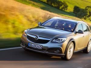 Opel Insignia Country Tourer este disponibil cu tracțiune față