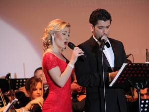 Soprana Irina Ioana Baianţ, alături de contratenorul Cezar Ouatu