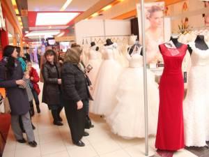 Târgul de nunţi a atras atenţia multor suceveni