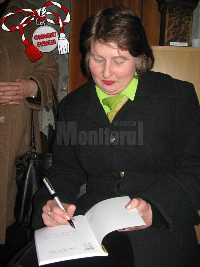 """În anul 2011, a văzut lumina tiparului prima carte de epigramă care poartă semnătura Cătălinei Orşivschi, ,,Pete de rugină"""""""