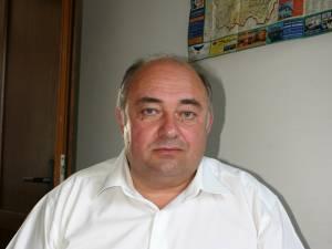 Curtea Constituţională a decis că Săvel Botezatu îşi poate continua mandatul de primar în Udeşti