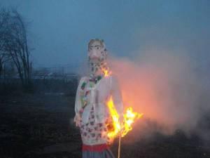 """Comunitatea Ruşilor Lipoveni Rădăuţi a sărbătorit """"Masleniţa"""""""