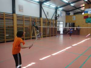 Faza judeţeană a ONSŞ la badminton s-a desfăşurat în sala de sport din Horodnic de Sus