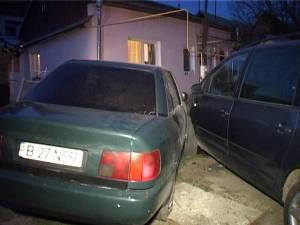 Şoferul a acroşat un alt autoturism şi s-a oprit lângă peretele casei de pe strada Gheorghe Doja