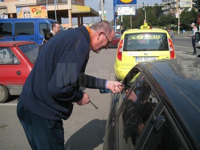 În municipiul Suceava acţiunea de protest a fost condusă de prim-vicepreşedintele organizaţiei judeţene, Orest Onofrei