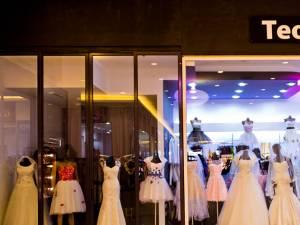 Un nou magazin dedicat mireselor, deschis în Iulius Mall Suceava