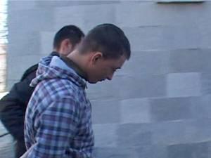 Pavel Daniel Ilincan (18 ani) va fi judecat pentru tâlhărirea a trei tinere