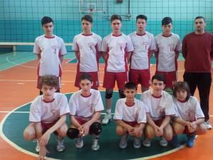 """Echipa de juniori III a Colegiului Naţional """"Nicu Gane"""" din Fălticeni a fost la un pas de medalia de aur la turneul final"""