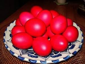 Legenda ouălor roşii