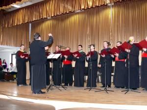 """Corala """"Evanghelion"""" a preoţilor din Bazinul Dornelor"""