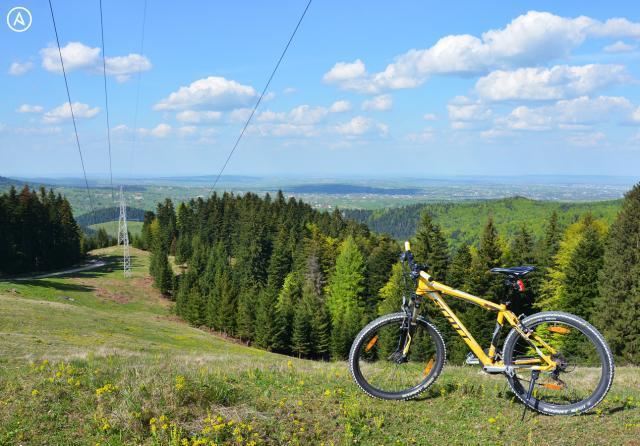 Traseu bicicletă: Hanul Ilișești – Cacica – Mănăstirea Humorului – Gura Humorului – Păltinoasa – Hanul Ilișești