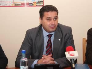 Giani Leonte, preşedintele Alianţei Sindicatelor din Învăţământ Suceava (ASIS)