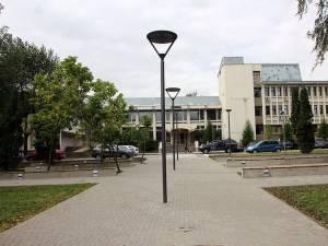 """Universitatea """"Ştefan cel Mare"""" Suceava (USV) scoate la concurs, pentru anul academic 2014-2015, 80 de locuri la programele de doctorat ale instituţiei"""