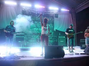 Trupa Jinjer din Ucraina concertează diseară la Cetate