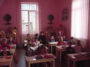 """Ministrul Educaţiei: """"Învăţământul trebuie să fie obligatoriu de la vârsta de 3 ani"""""""