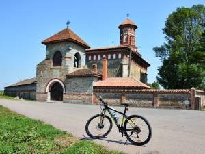 Traseu bicicletă: Cornu Luncii – Baia – Bogata – Sasca Mare – Cornu Luncii
