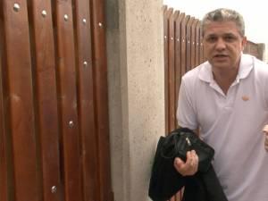 Bogdan Bărbuţă, fost magistrat al Judecătoriei Rădăuţi, suspendat între timp de Consiliul Superior al Magistraturii, se cere acasă