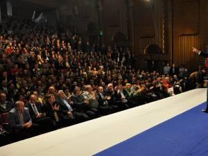 Aproape 2.000 de persoane au venit la întâlnirea cu Klaus Iohannis