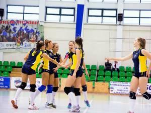 Echipa de volei junioare I a LPS CSȘ Suceava a debutat în campionat cu o victorie