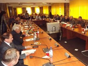 Şedinţa de Consiliu Local a fost anulată după plecarea membrilor ACL