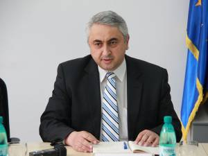 """Prof. univ. dr. ing. Valentin Popa: """"E greu să accepte marea masă că trebuie premiaţi cu burse un anumit număr de studenţi. Ei nu pot vota asta"""""""