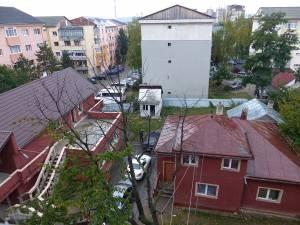Ieri dimineaţă, poliţiştii au descins la locuinţa fraţilor Turu