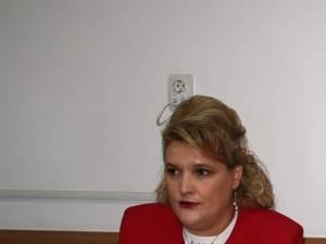 Cristina Teodorovici, inspector adjunct în cadrul Inspectoratului Şcolar Suceava