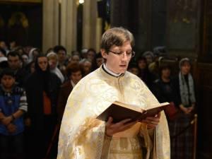 Preotul Ilie Chişcari, în vârstă de 31 de ani, nepot al familiei Mihoc, a murit duminică, în urma unui accident rutier