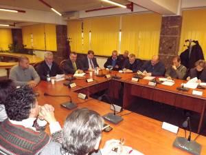 Şedinţa de analiză de la sediul Primăriei Suceava, la care au fost convocaţi reprezentanţii asociaţiilor de proprietari