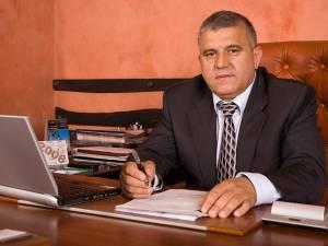 """Dumitru Mihalescul: """"Le mulţumesc tuturor bucovinenilor care au venit duminică şi au votat în marea lor majoritate pentru candidatul ACL, Klaus  Iohannis"""""""